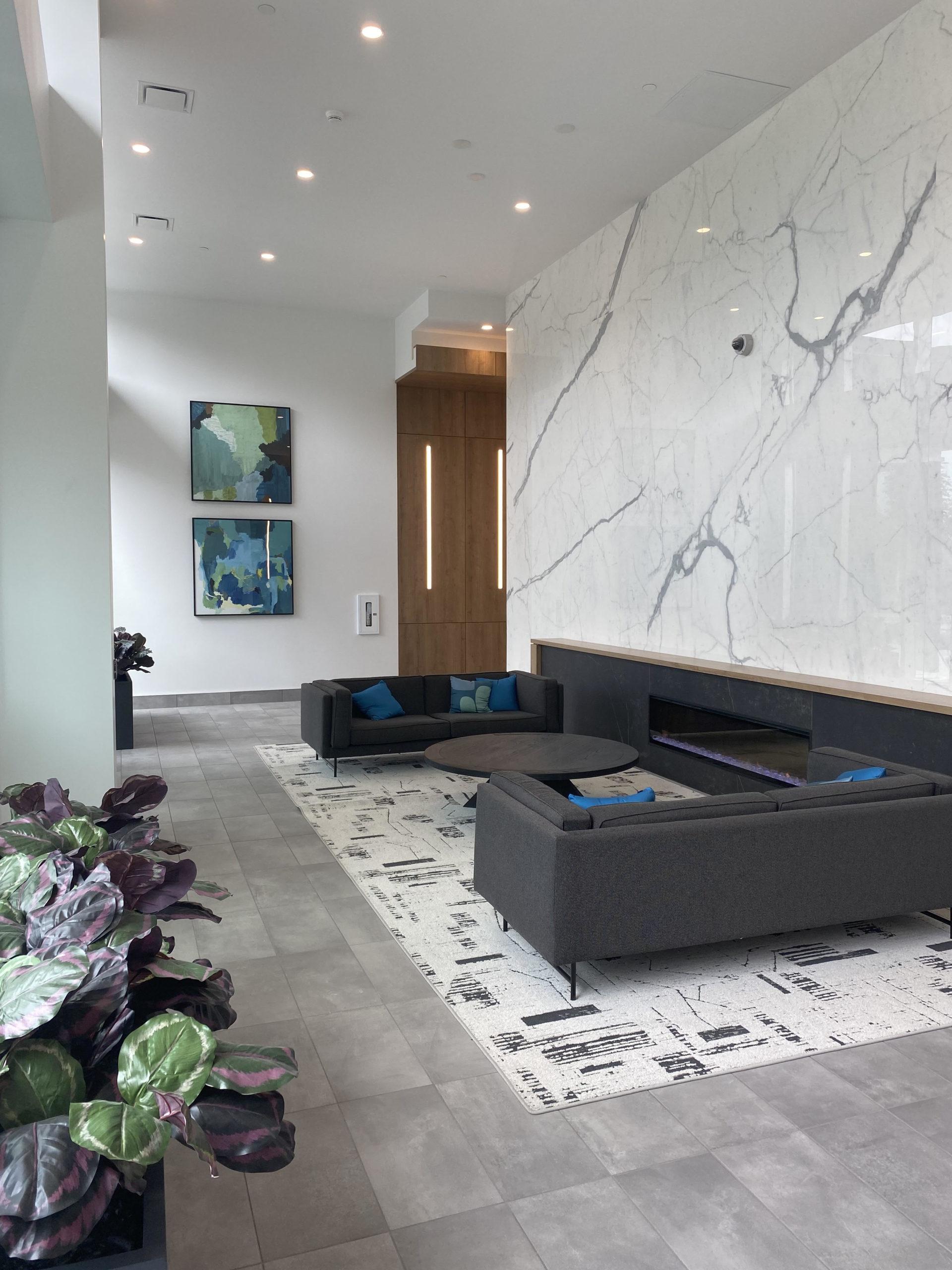 1 bed/1 bath 19th floor condo – The Hub at King George